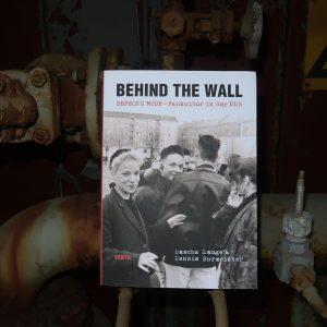 Cover behind the wall vielfalltag